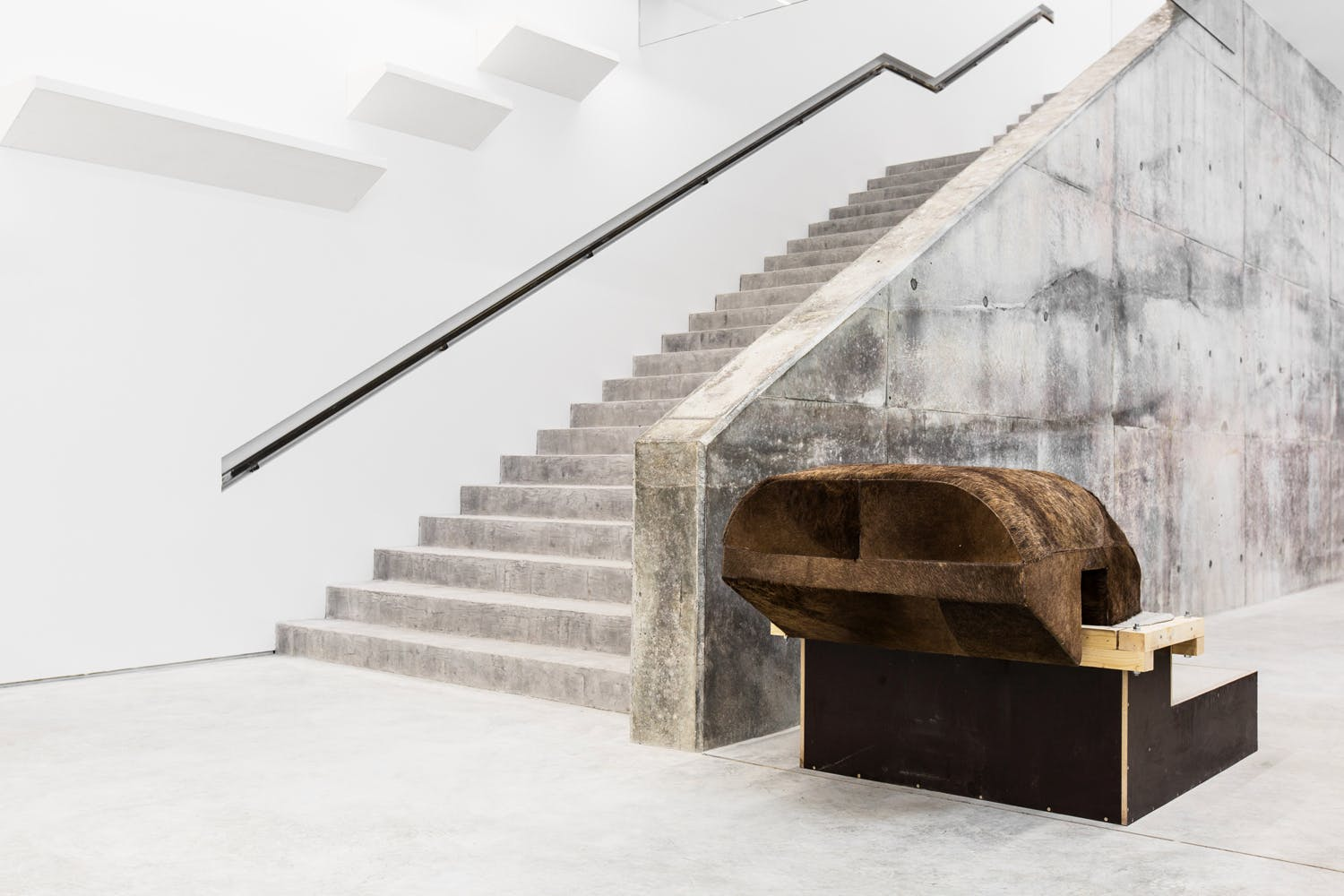 RICK OWENS'S FURNITURE: PRECIOUS, HANDMADE AND EXPENSIVE