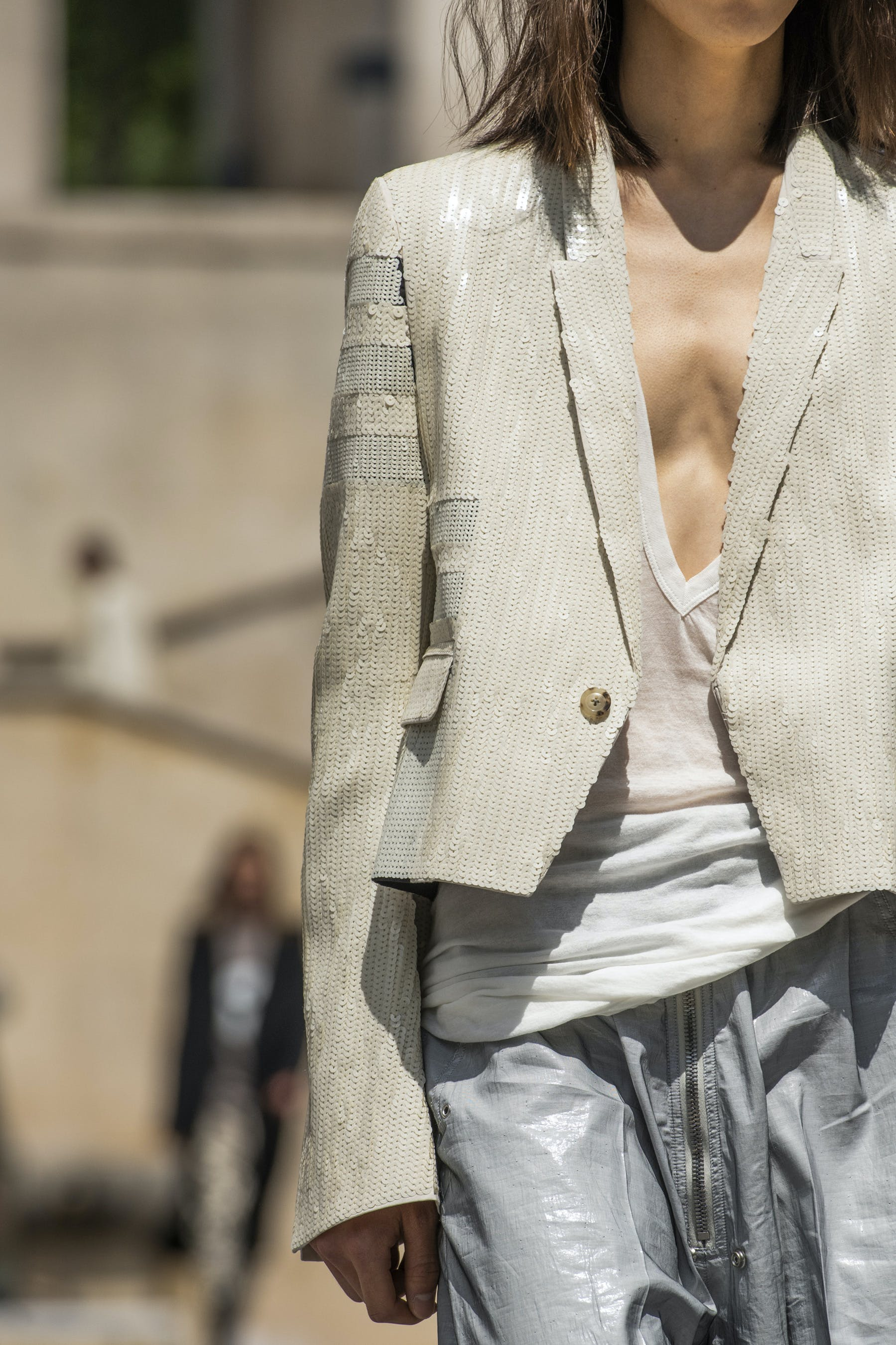 Rick Owens Runway Details Sequinned Cropped Blazer in White Dust Grey Champion Collaboration V Neck T Shirt Ies Bodybag In Grey Leather Mens SS20 Tecautl