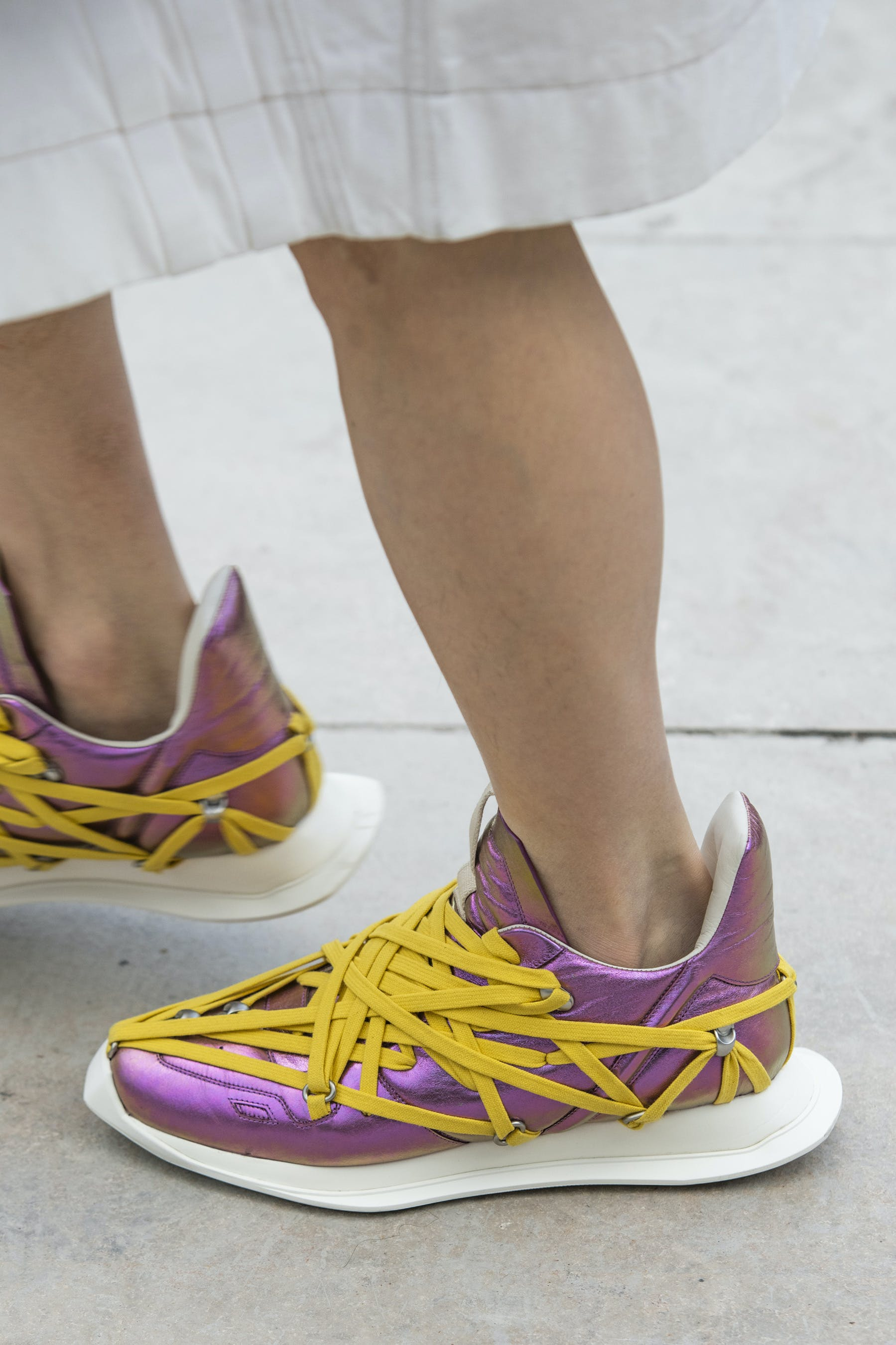 Rick Owens Runway Details Maximal Runner Sneakers In Irise Iridescent Leather With Yellow Mega Lace Detail Mens SS20 Tecautl
