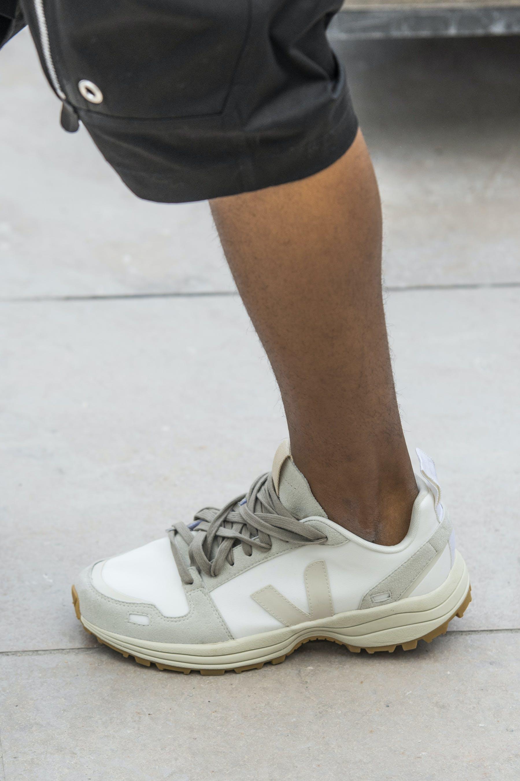 Rick Owens Runway Details Veja Collaboration Hiking Shoe In Pearl Mens SS20 Tecautl
