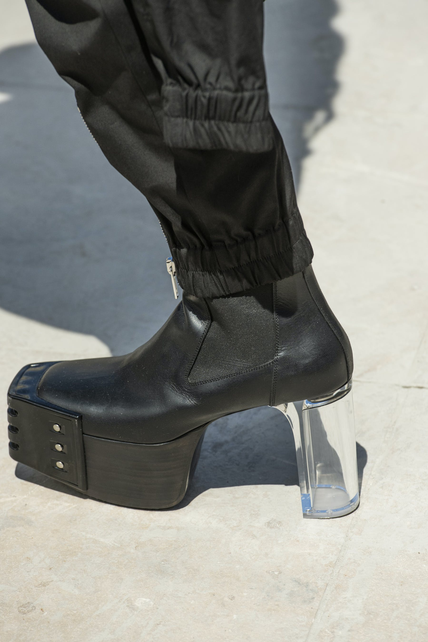 Rick Owens Runway Details Elastic Kiss Grill Boots In Black Leather With Transparent Heel Side View Mens SS20 Tecautl