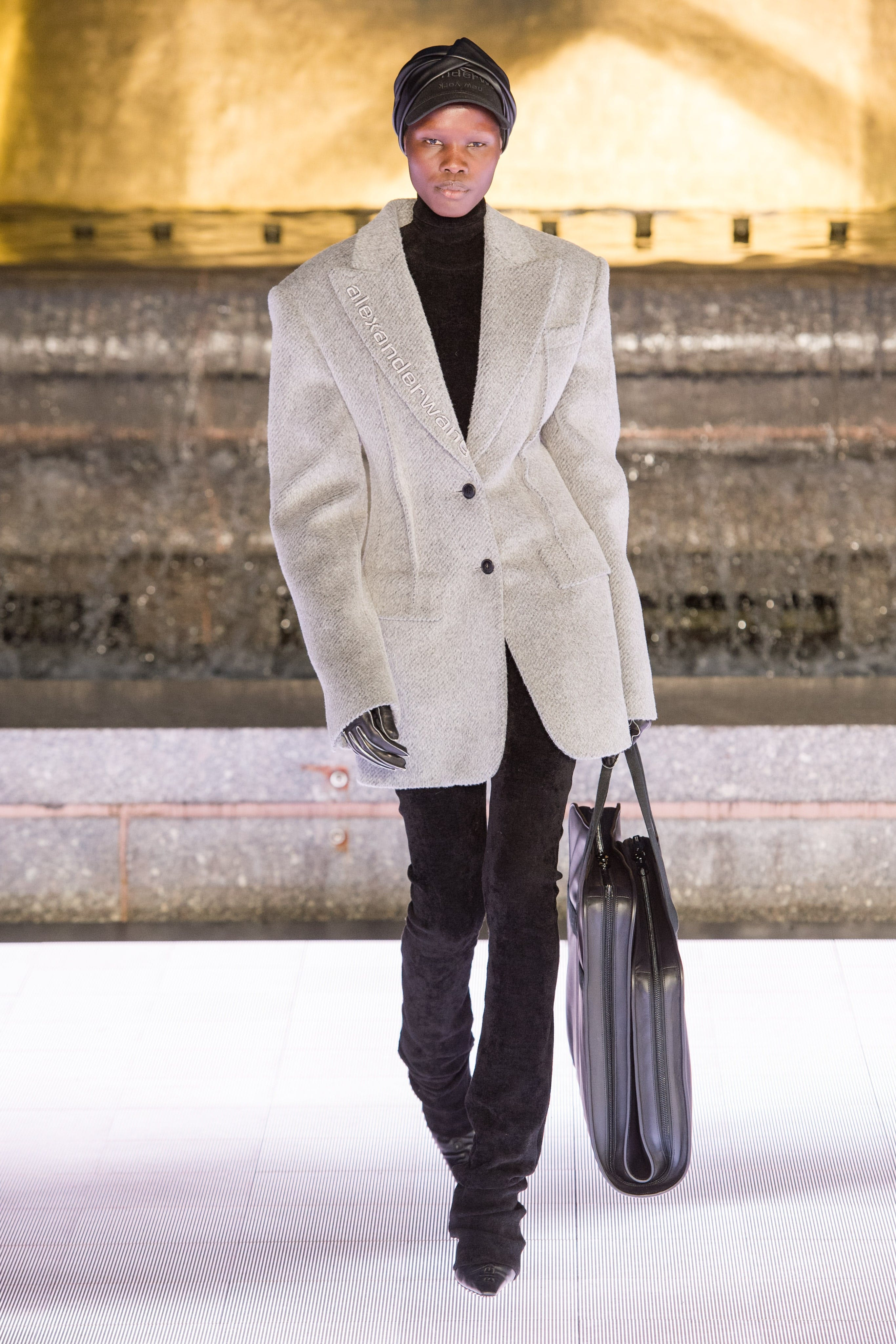 Alexander Wang Runway Relaxed Oversized Blazer in Grey Turtleneck in Black Elastic Crepe Pant in Black Spring 20 RTW