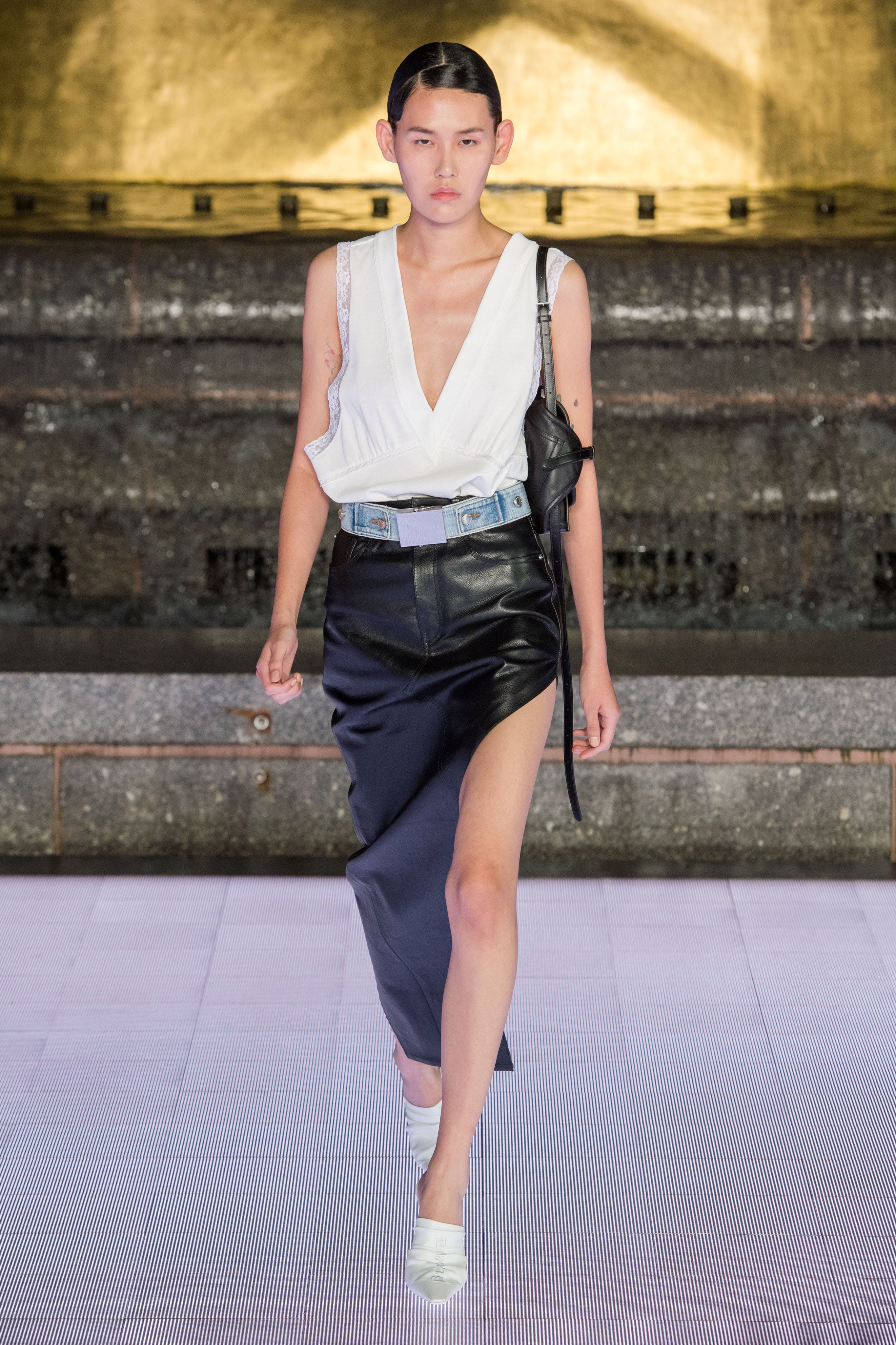 Alexander Wang Runway Deep V Neck Loose Fit Top in White Asymmetrical Slit Skirt in Black Leather Vanna Mule in White Spring 20 RTW