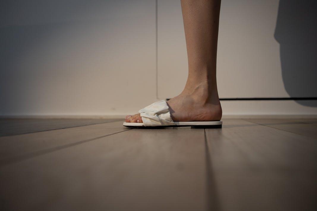 proenza schouler fw20 white low heel sandals