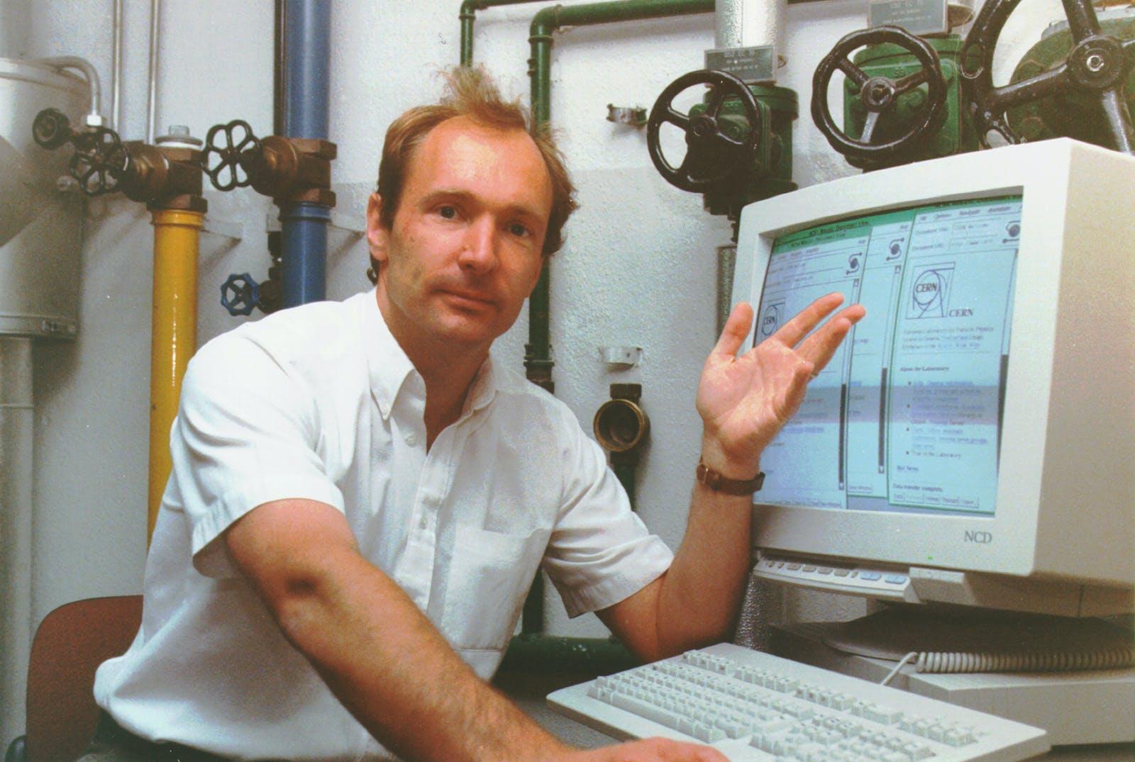 Tim Berners-Lee's World Wide Web Source Code NFT Sold for $ 5.4 Million
