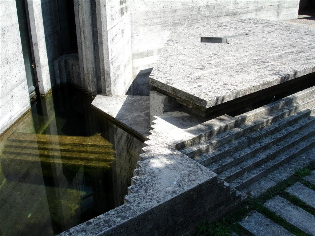 Carlo Scarpa: Venice and the Dialogue With Water