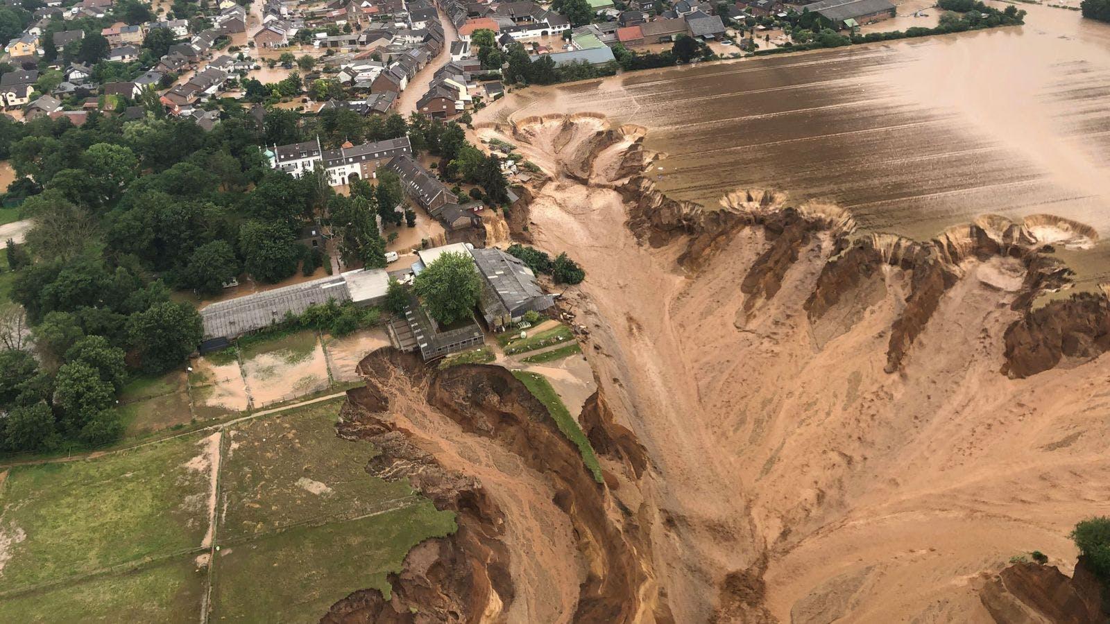German Floods Leave at Least 100 Dead, 1,300 Missing