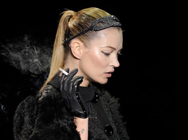 2011: Smoking Kate Moss Louis Vuitton