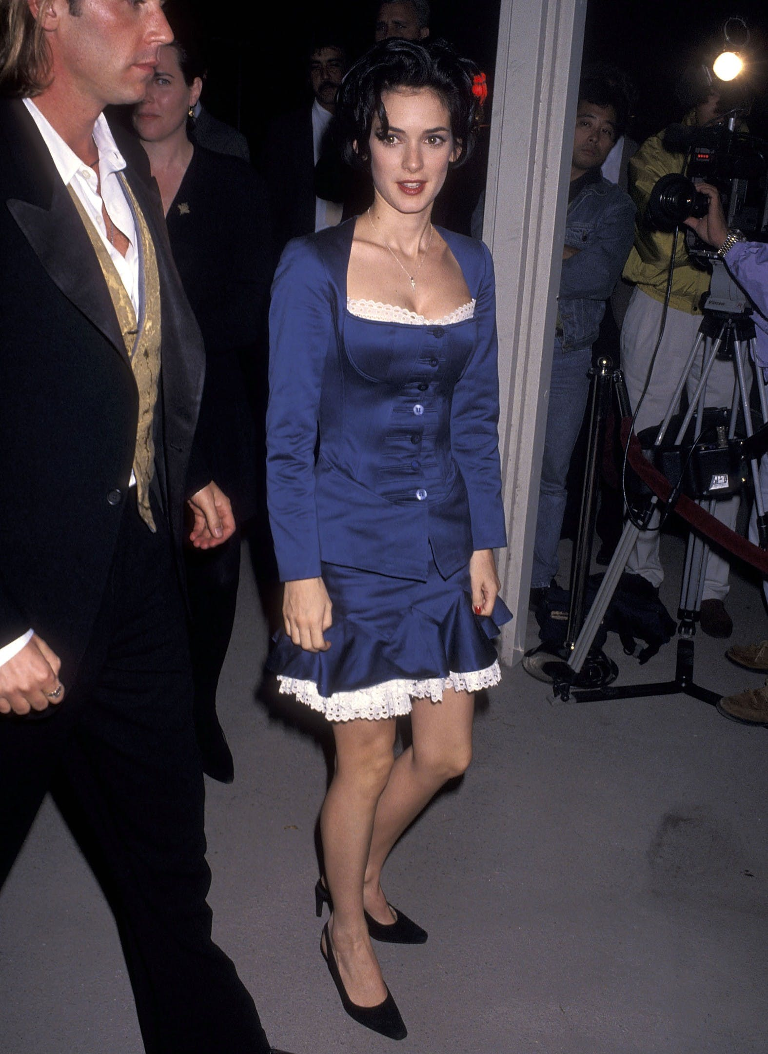 Winona Ryder attends the Dracula premiere in 1992.
