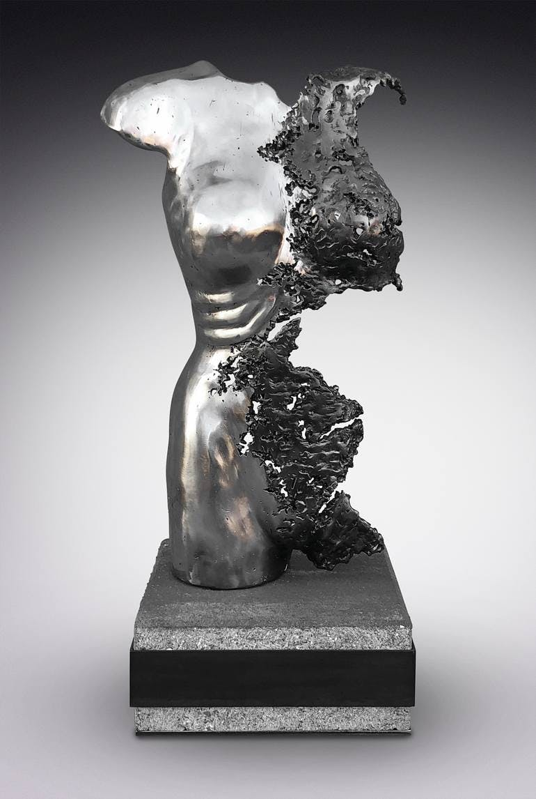 BREEZY ANDERSON: FIGURATIVE SCULPTURES INSPIRED BY MEMORY, MOVEMENT AND TIME