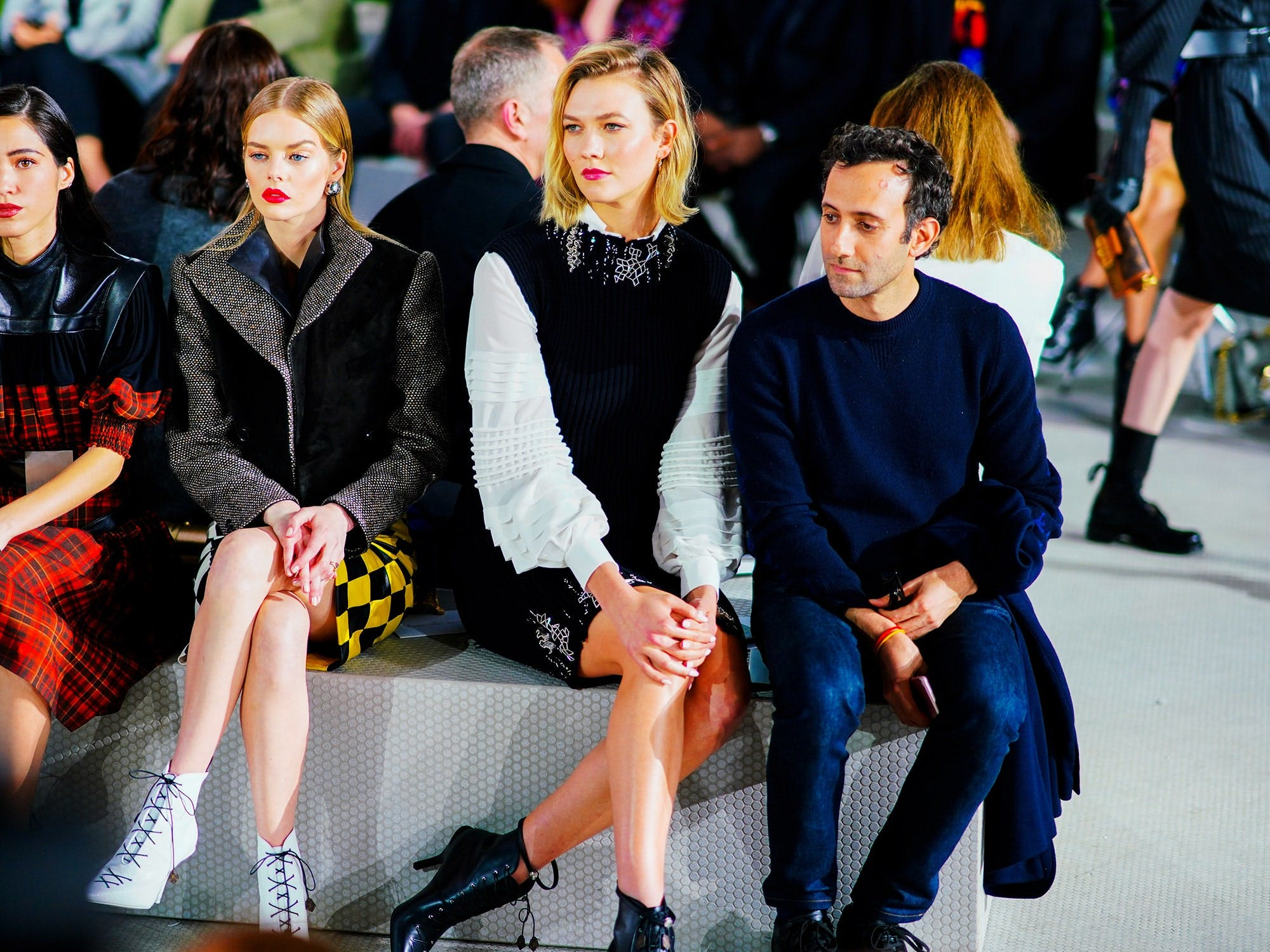 Karlie Kloss Sitting Front Row At A Fashion Show
