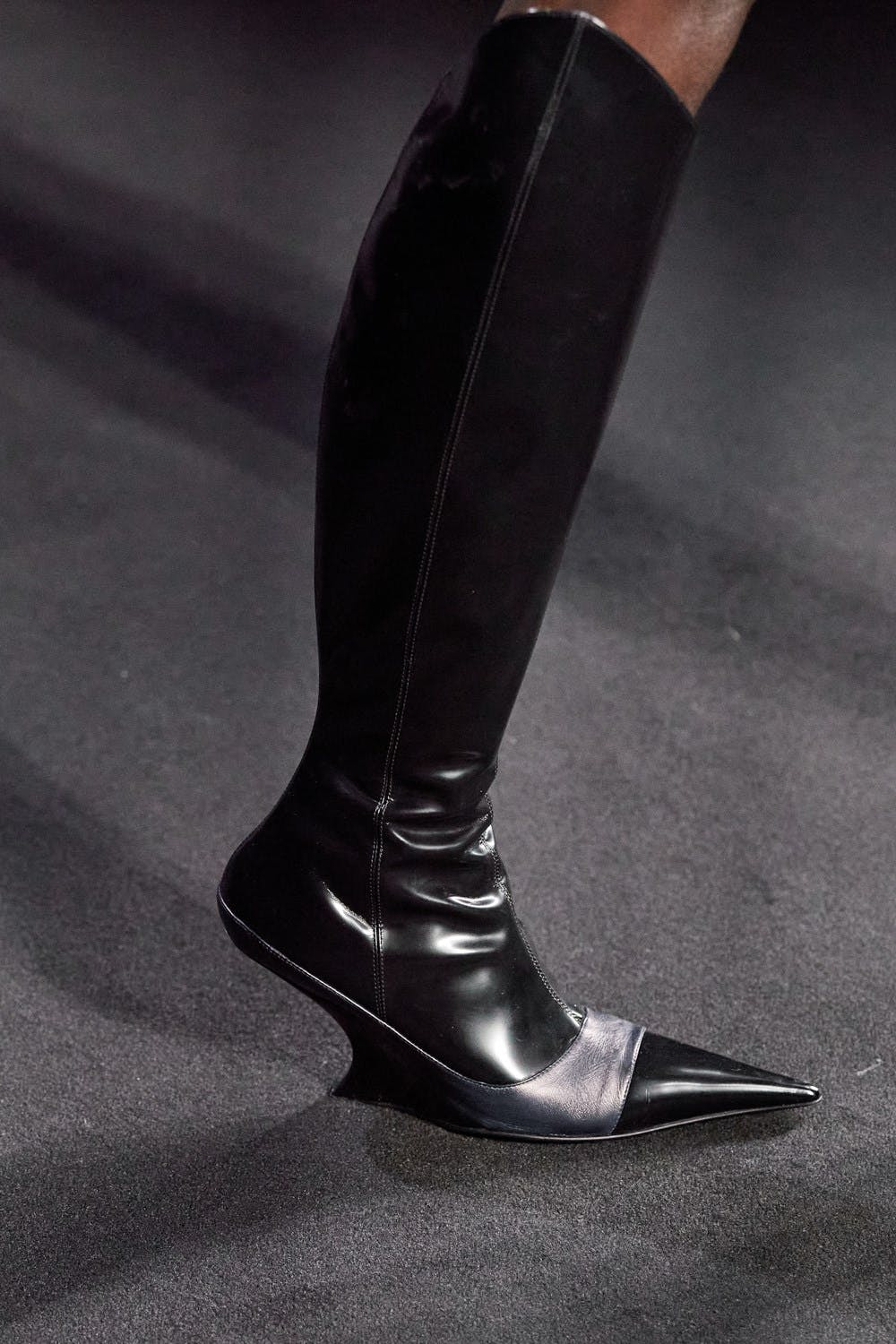 Mugler Runway Details High Color Blocked Boots in Black and Grey Leather Fall 20 RTW