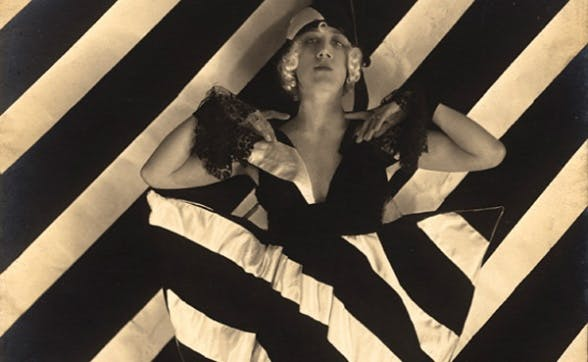 LITERAL TRANSLATIONS OF MILITARY DAZZLE CAMOUFLAGE INTO FASHION