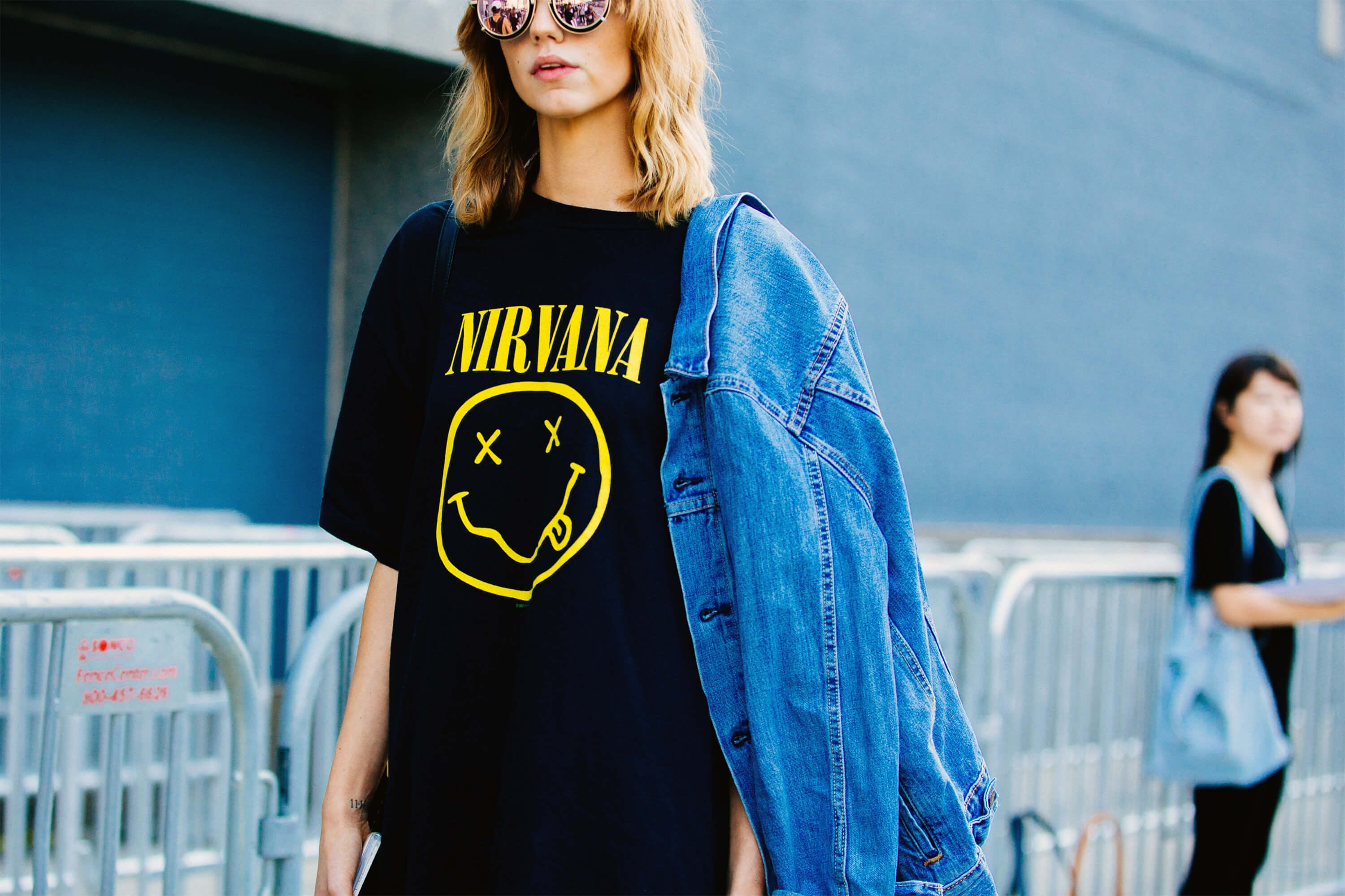 MARC JACOBS CLAIMS NIRVANA HAS NO LEGAL RIGHT TO THE SMILEY FACE LOGO