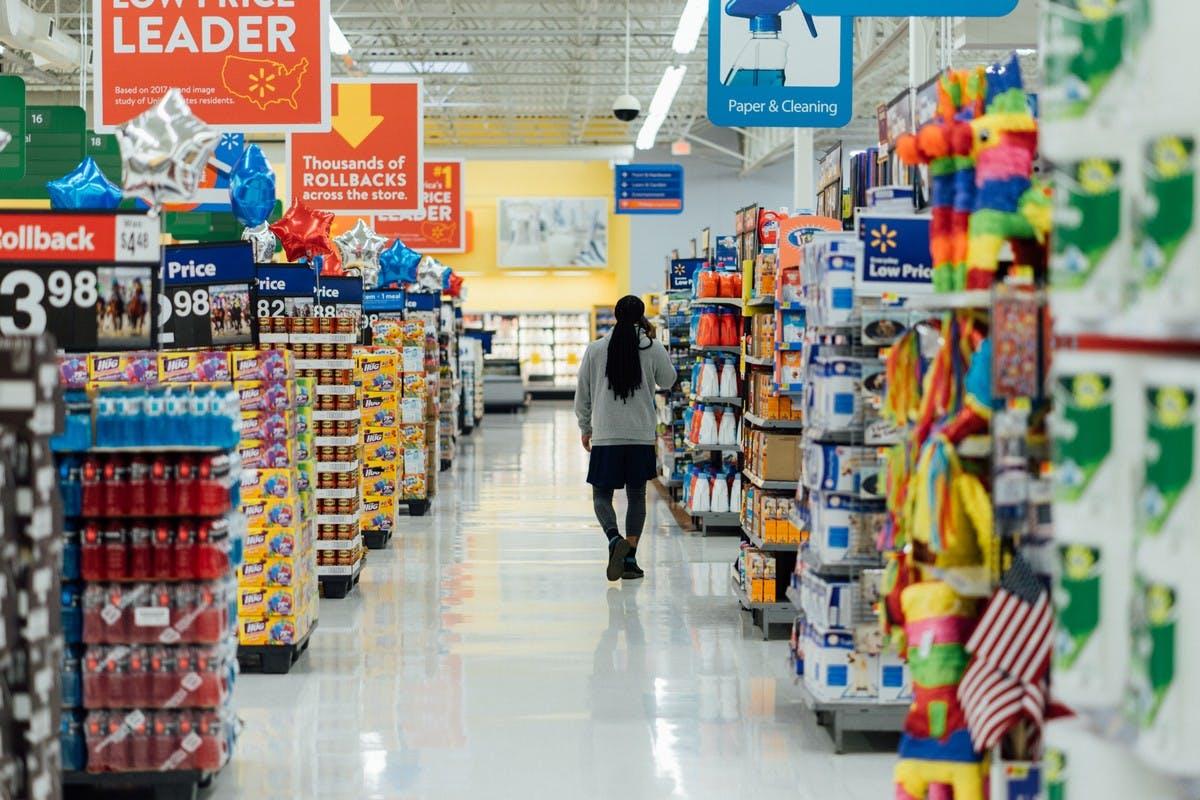 Walmart Vs. Amazon: Who's winning? DataHawk Blog