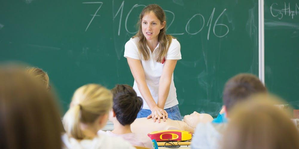 defibrillatore-nelle-scuole
