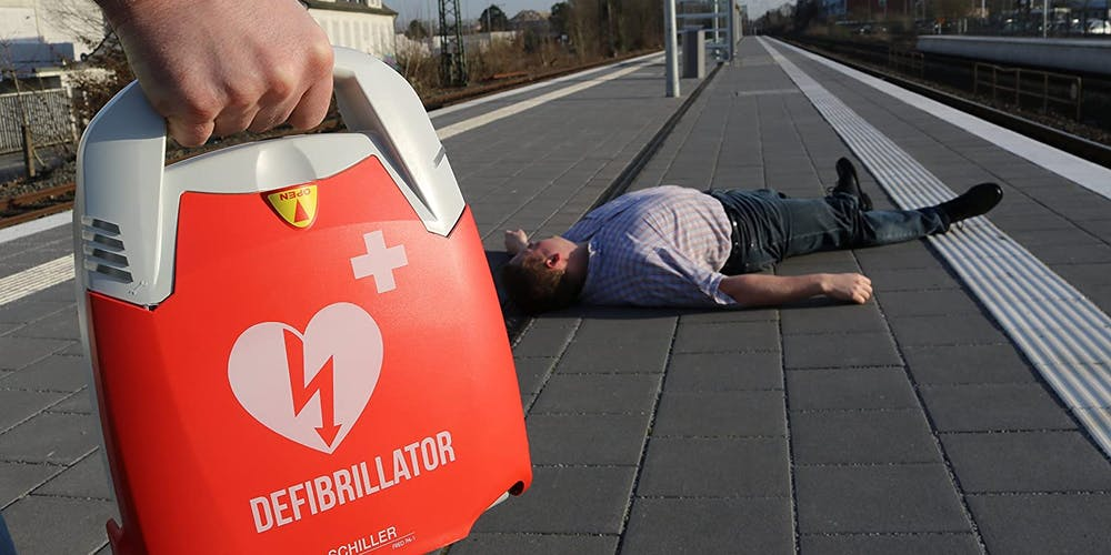 legge defibrillatore