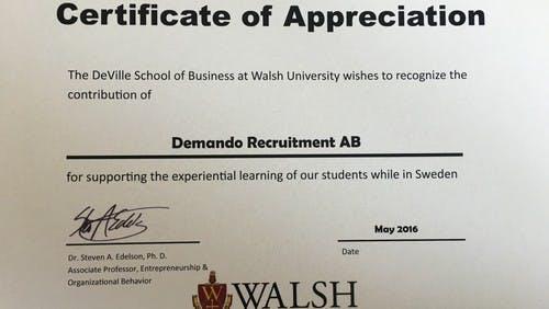 Forskare från Walsh University besökte Demando