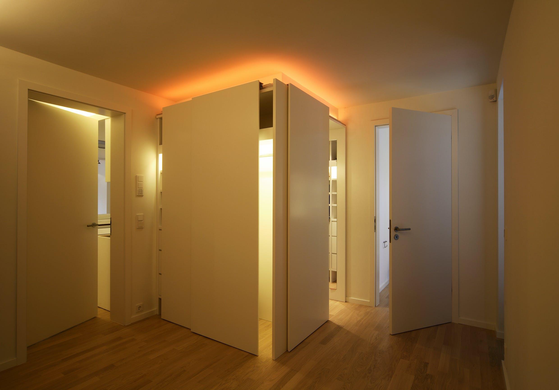 Wohnungseinrichtung und Küchen für Wohnhaus in Solln