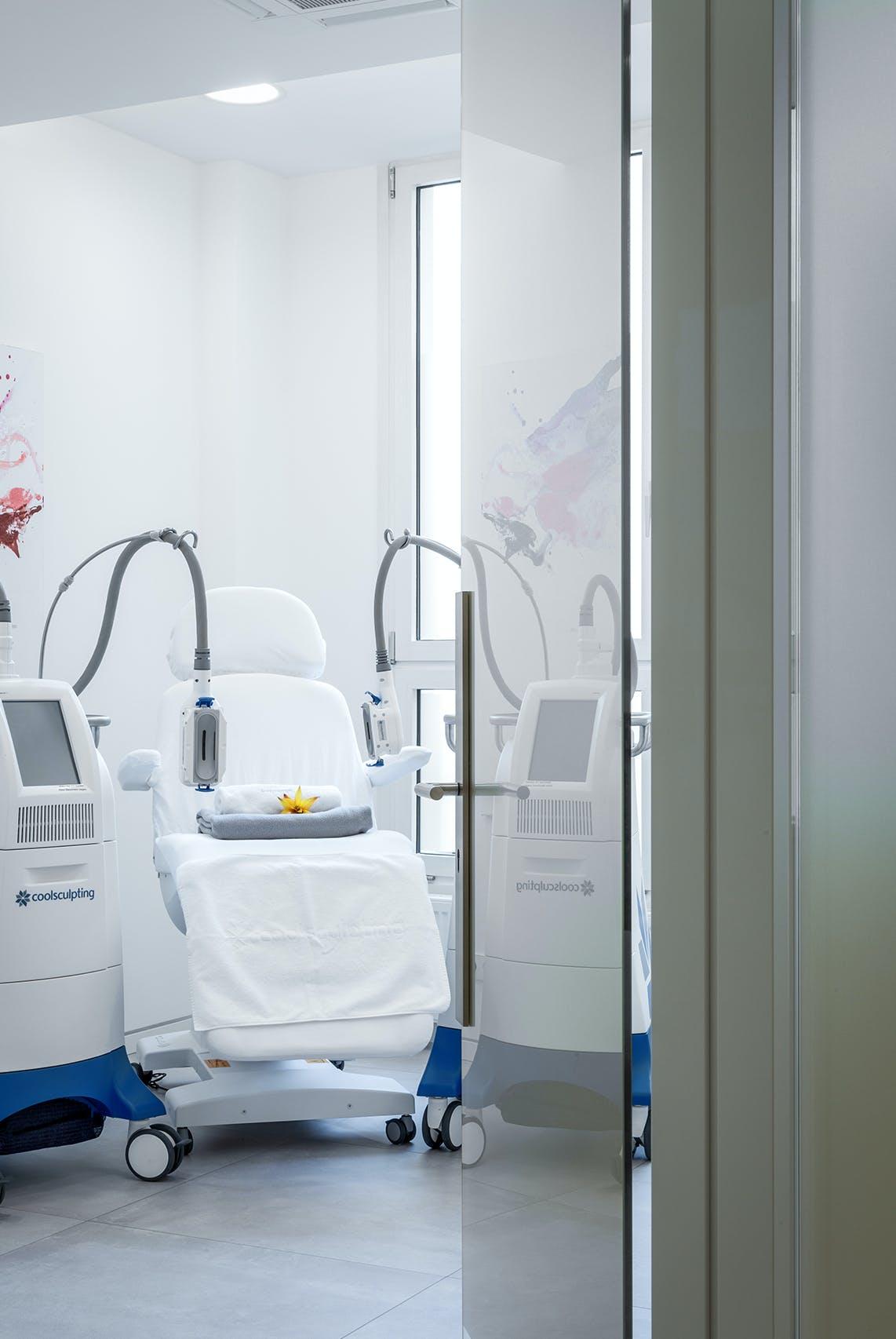 Praxiseinrichtung für Privatpraxis Dermatologie und ästhetische Behandlungen