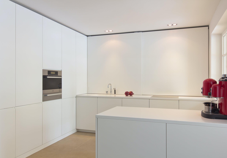 Wohnungseinrichtung und Küchen für Wohnhaus Tizianstraße