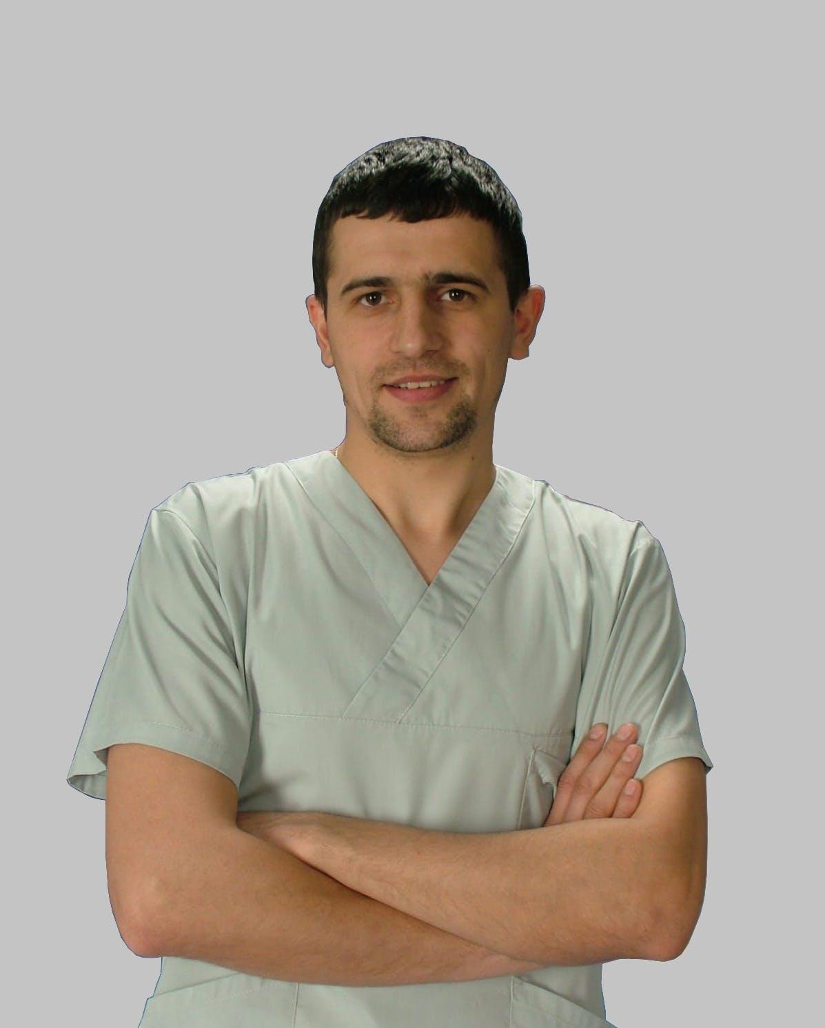 Medic stomatolog Vartic Sergiu