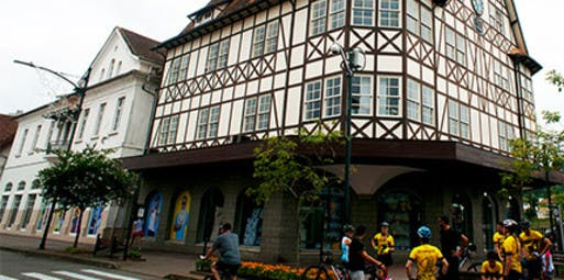 Curitiba para Blumenau