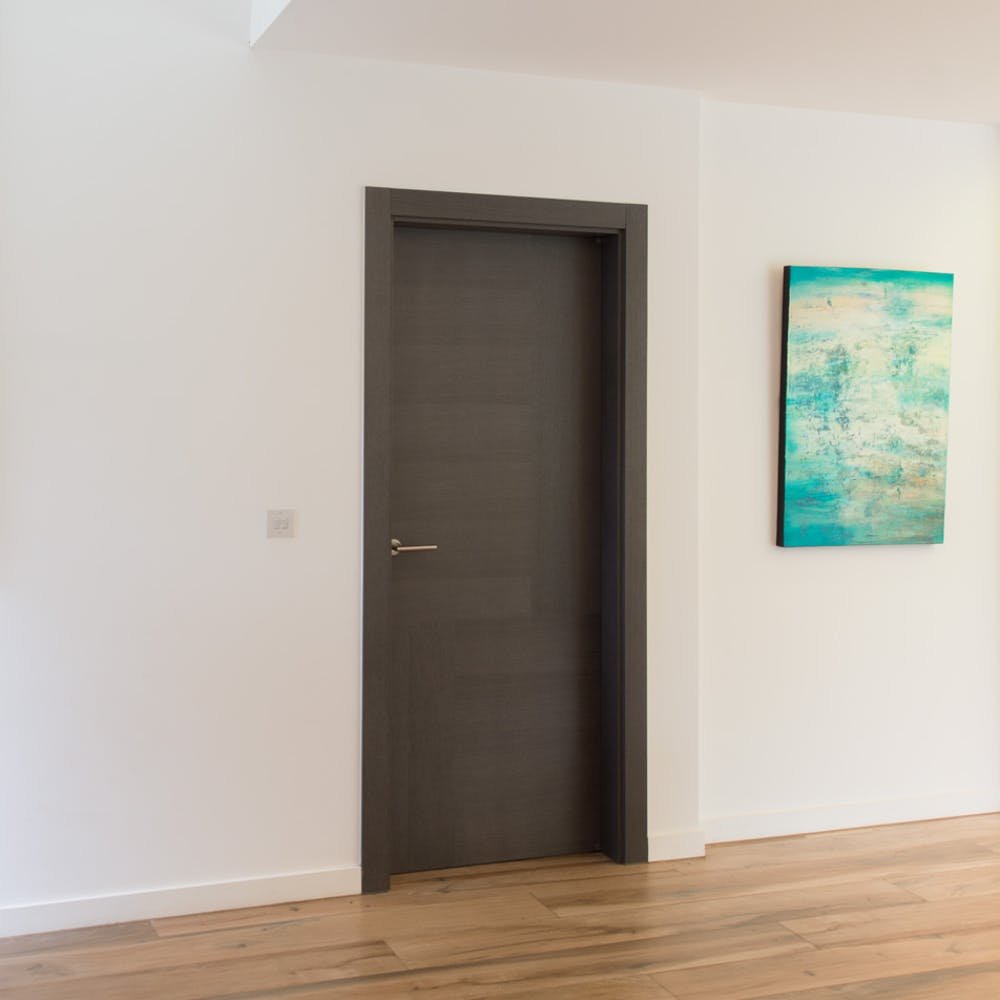Statement doors and minimal design