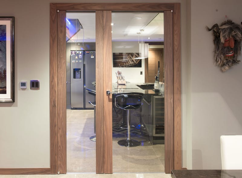 Natural Oak single leaf internal door - Trem V Glass by Deuren