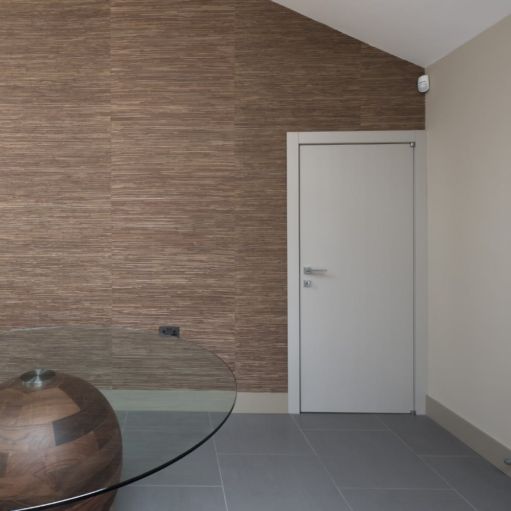Ensuring a coherent style between internal and front doors