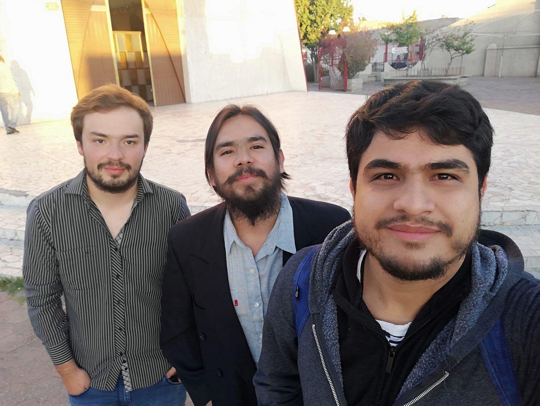 los periodistas Jorge Espejel, Gerardo Pineda y Luis Alberto Lopez en una selfie tomada en torreon, coahuila