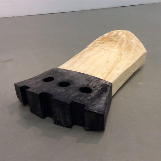 3-Lochfigur, Holz und Stahl