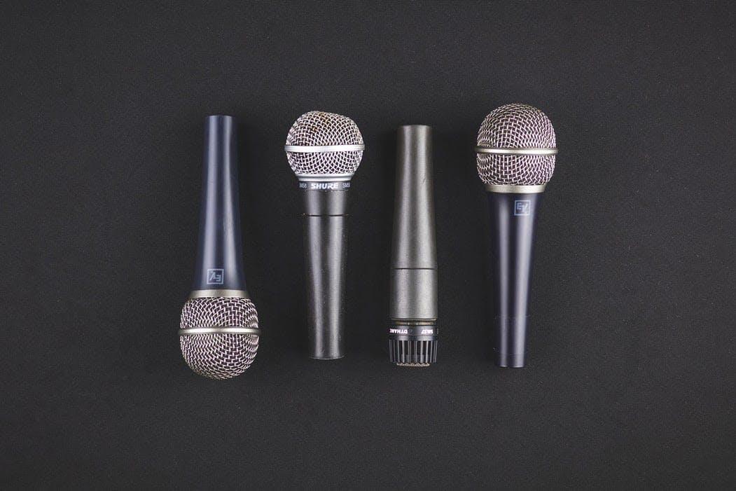 microphones audience