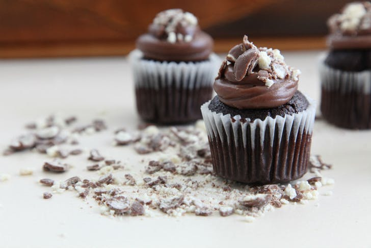 Chocolate Cupcakes from The Macho Mini