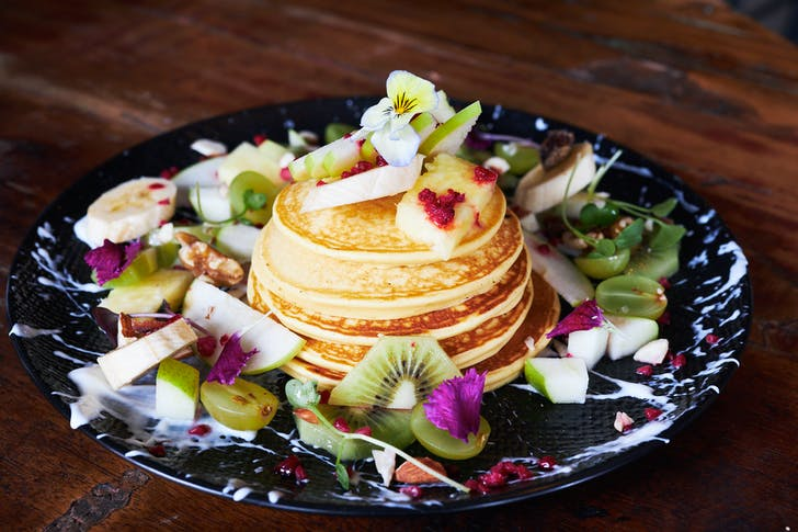 Protein pancakes with seasonal fruit