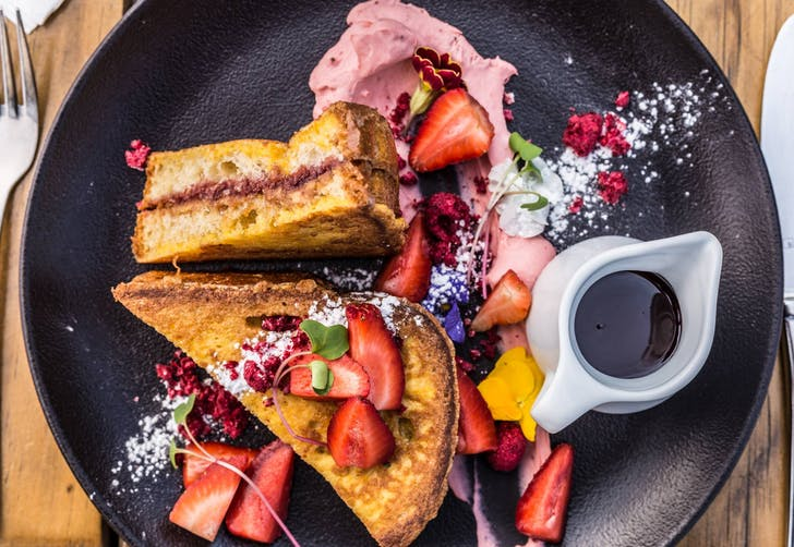 Salted Caramel French Toast from Zomer Cafe & Beach Club