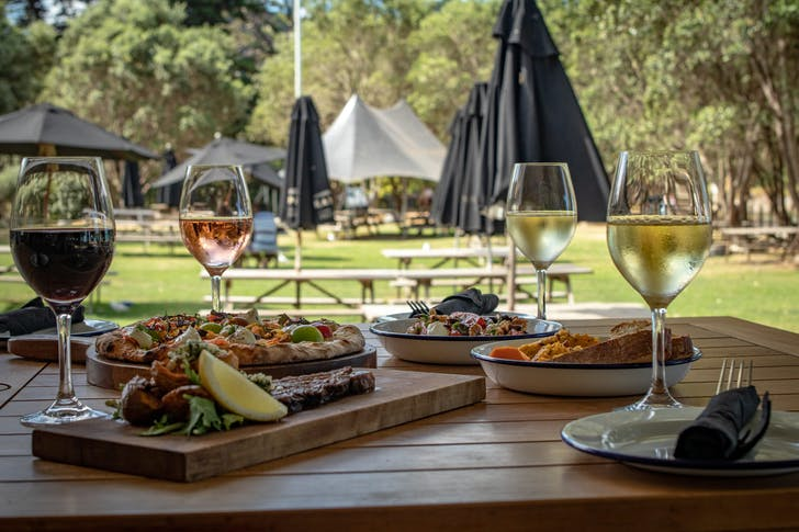 Seasonal summer menu from Man O'war Vineyard