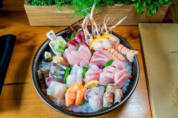 cocoro's sashimi platter