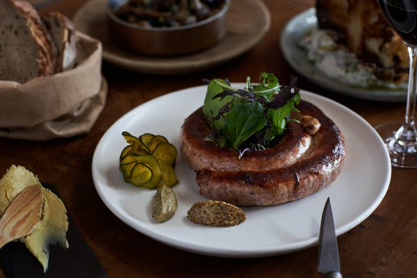 apero's famous sausage by the metre auckland
