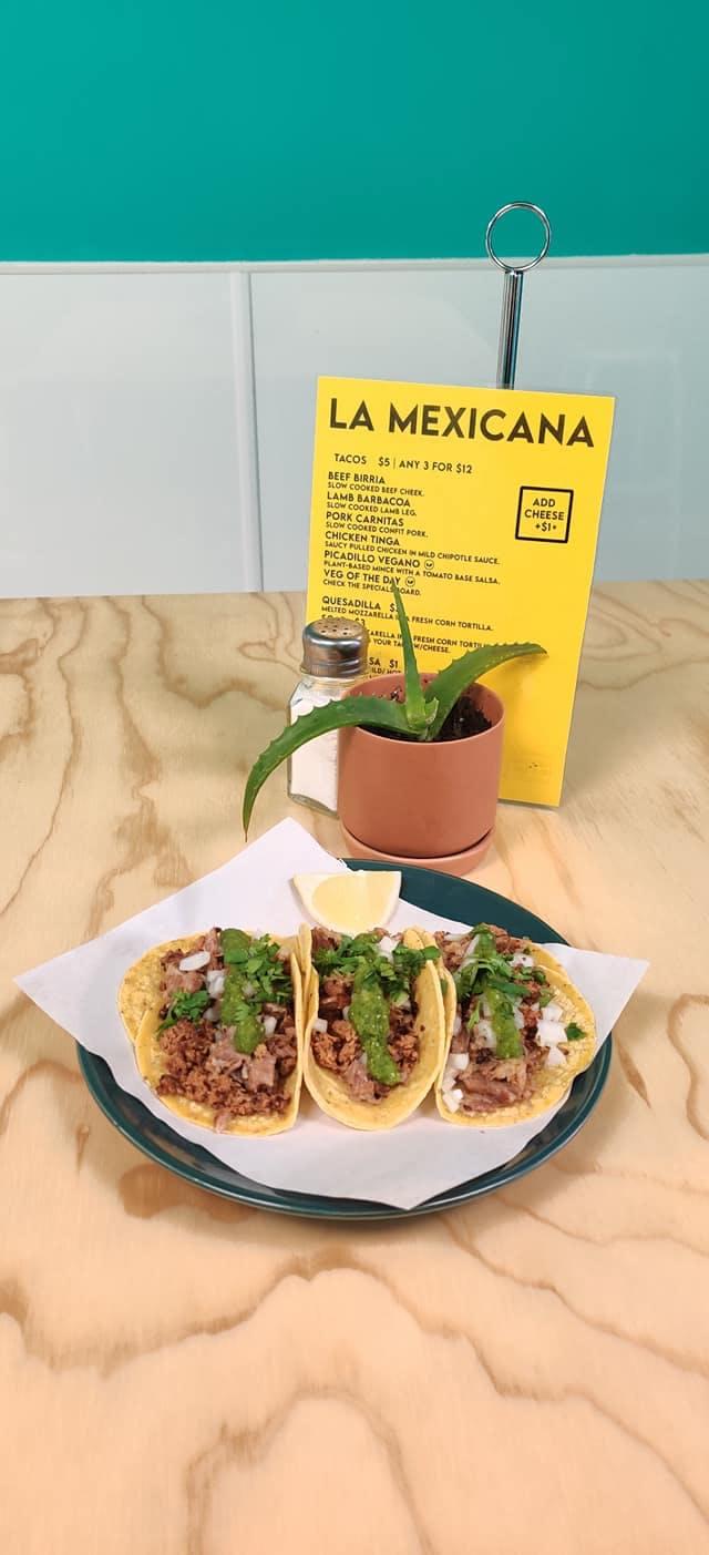 La Mexicana.