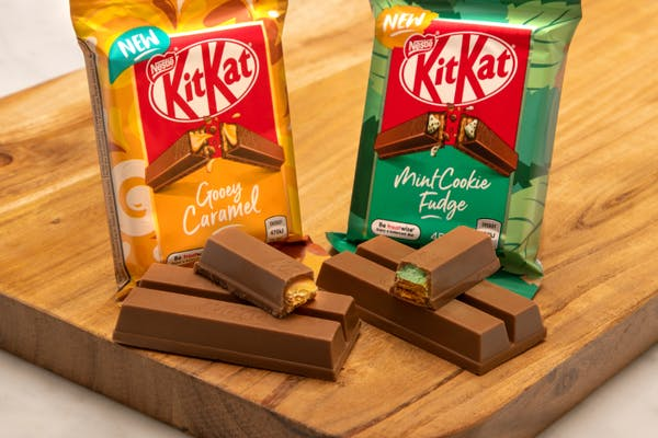 Gooey caramel and mint cookie fudge kitkats
