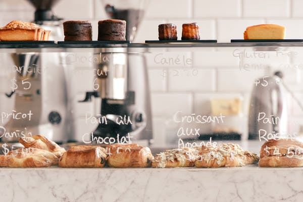 la fourchette's cabinet of pastries and coffees