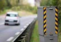 Radar relevant les excès de vitesse