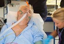 homme assistance respiratoire