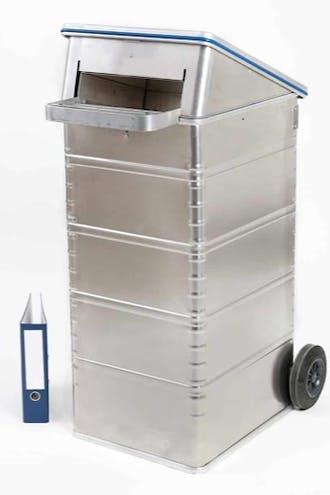 Ein Container der grösse RW 240-S von documentus Köln.
