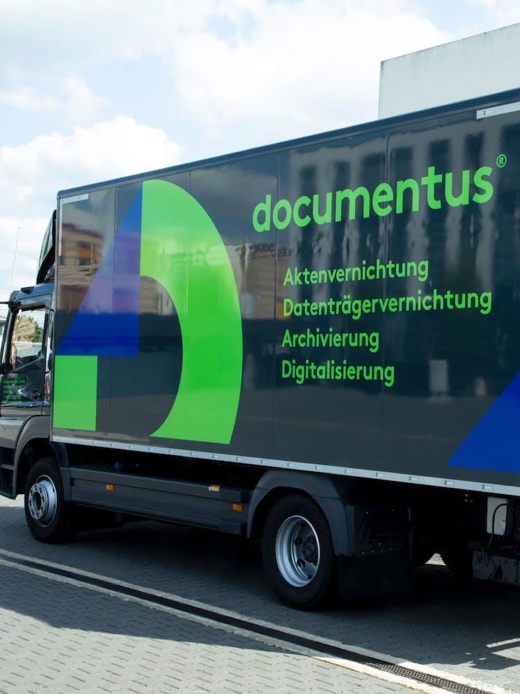 Seitenansicht eines documentus LKW