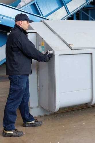 Ein Container der grösse RW 12 von documentus Köln.