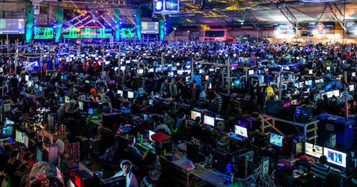 Overhead picture of the LAN area at Dreamhack.