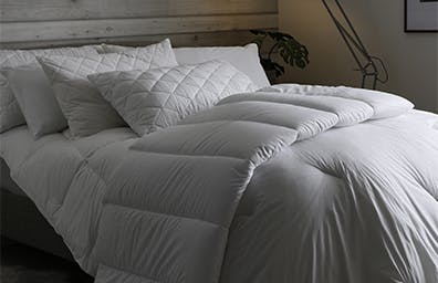 LAYER YOUR BED LIKE A PRO