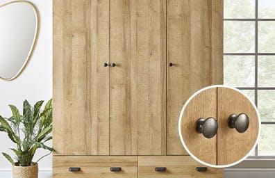 Wardrobe featuring oak effect design